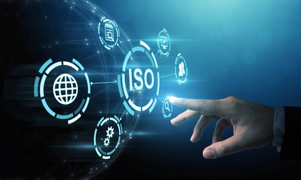 ISO 9001 liefert acht QM-Grundsätze, die für die Einhaltung der Normanforderungen auf dem Weg zu einer Zertifizierung und nicht zuletzt für eine langfristig erfolgreiche Zukunft eines Unternehmens unerlässlich sind.
